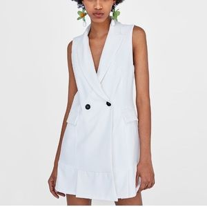 Zara off white pleated vest